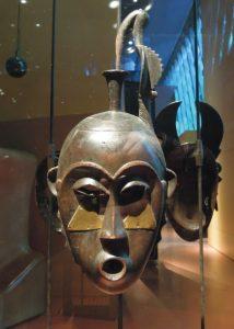 ヤウレ族(コートジボワール)の仮面40cm