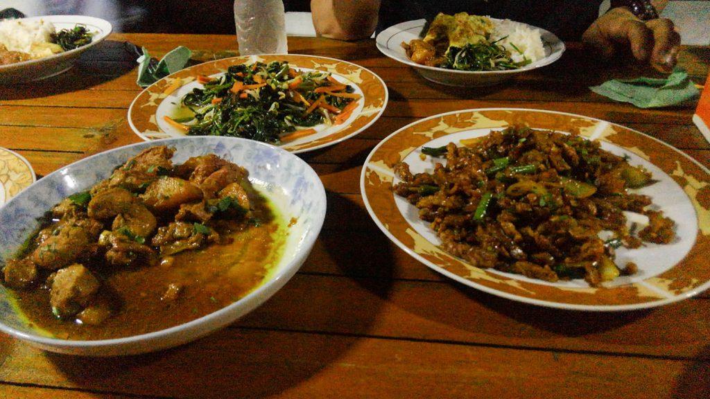 安定のインドネシア料理、美味しいです
