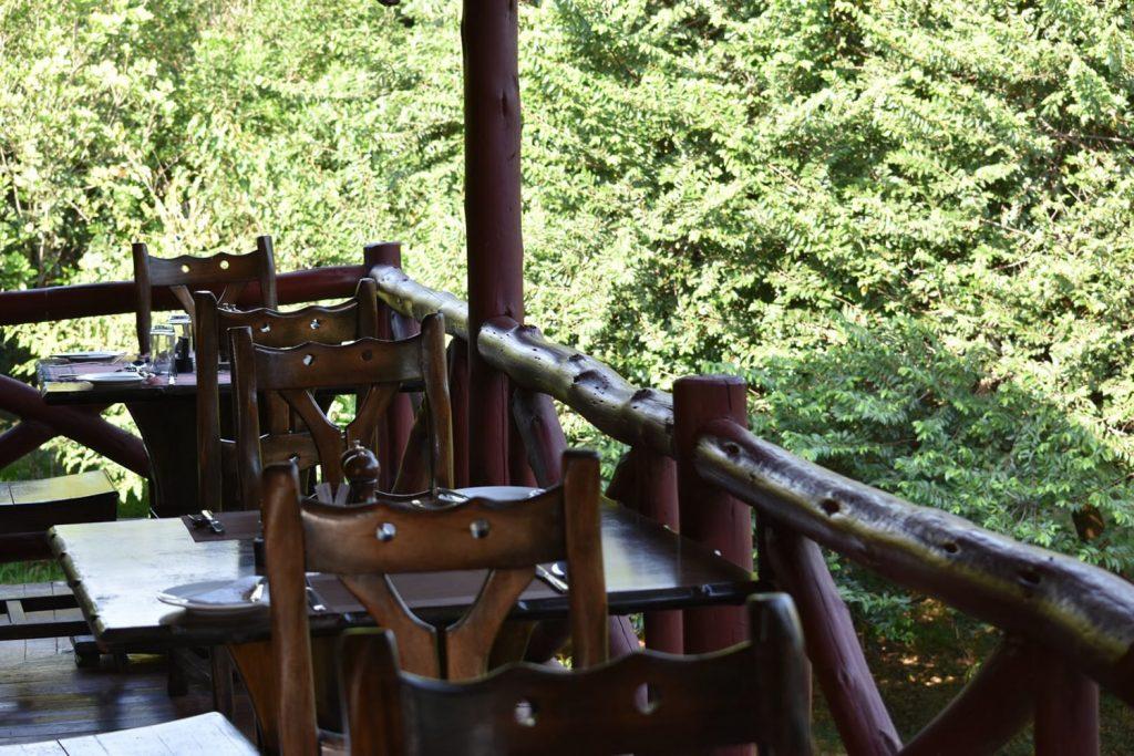 アシュニ-ルマラのレストラン