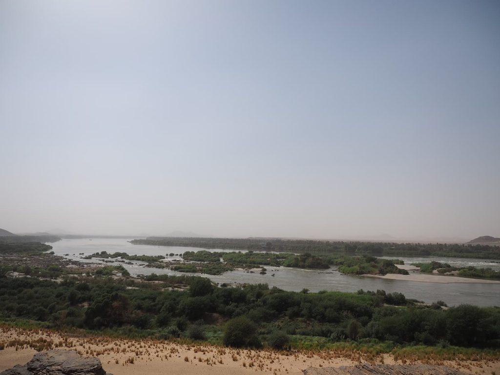 ナイル河急流の一つ第3カタラクト。かつてエジプトからの侵略を阻んだ自然の要塞です。