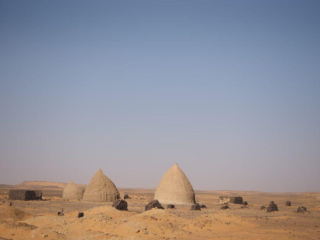 オールド・ドンゴラのスーフィー(回教徒)の指導者のお墓。