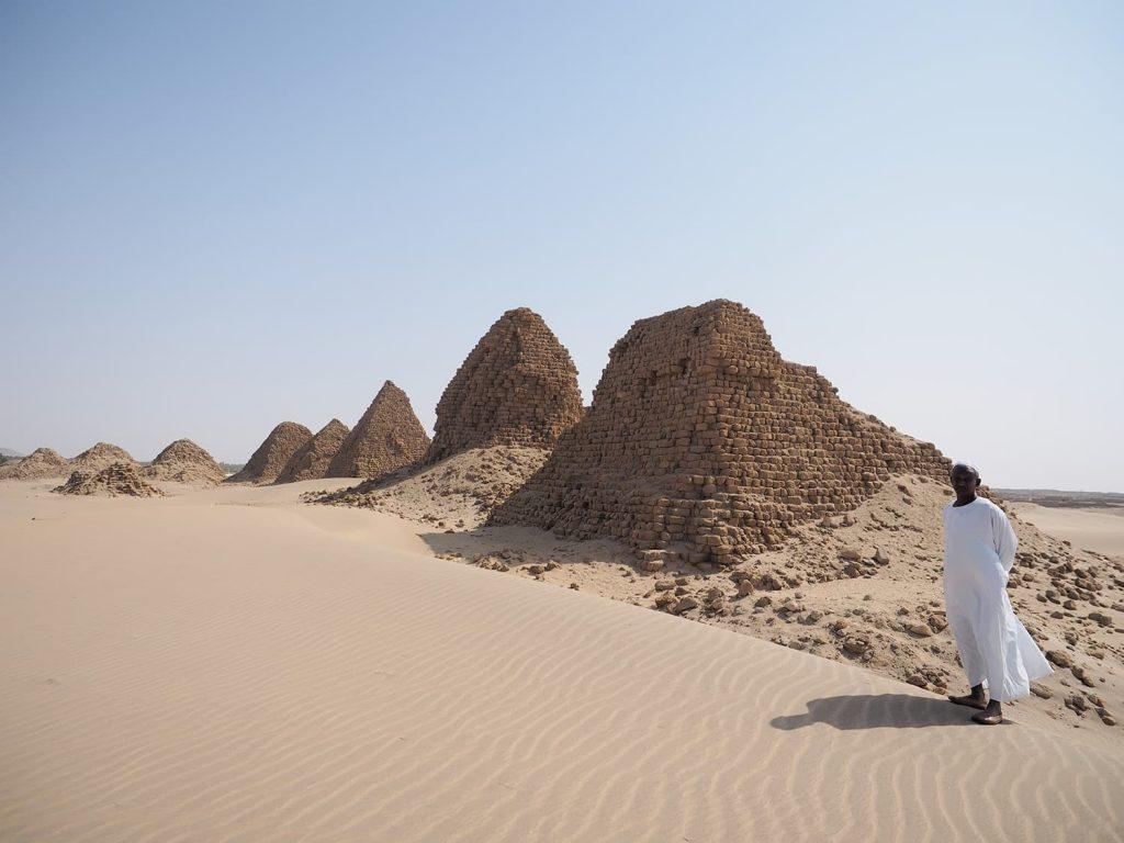 """カリマにある3つの世界遺産の3つ目、ヌリの遺跡です。""""ブラック・ファラオ""""のタハルカ王を始めとして大型のピラミッドの跡が並びます。"""