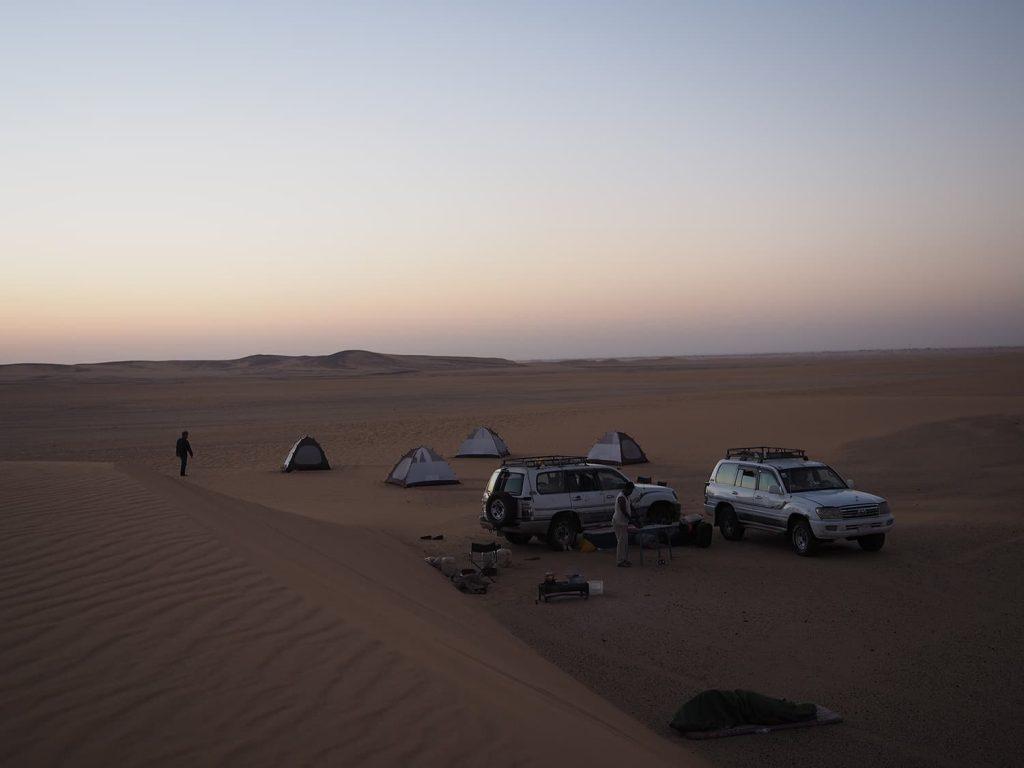 砂漠のキャンプもすっかり慣れっこです。