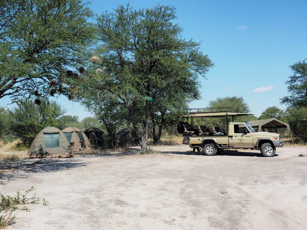 何の設備もなく、自然のままのキャンプ地。不便かもしれませんが、それが良いんです