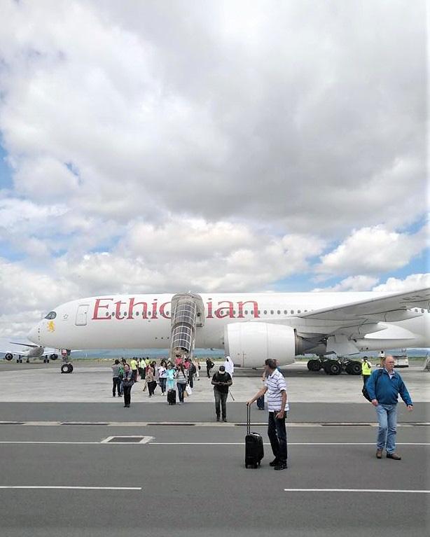 日本から20時間超、長い旅路をエチオピア航空でやって来ました。