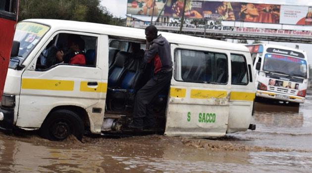 ナイロビでは雨が降るとあっという間に冠水してしまう