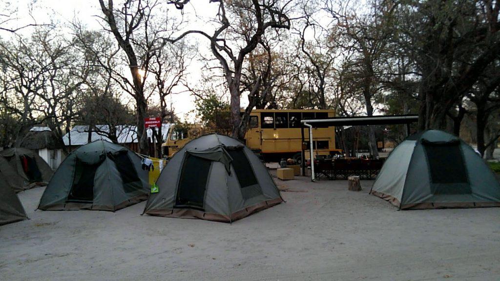 ボツワナ、マウンのキャンプサイト。Wi-Fiも接続可能