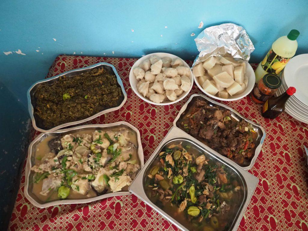 コンゴのローカル料理もたっぷり食しました。