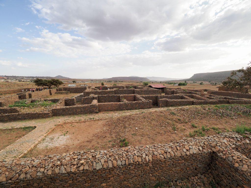シェバ王国時代の宮殿跡と推測されている遺構