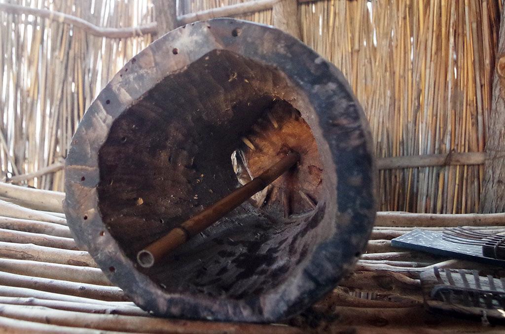 カバをよぶ太鼓