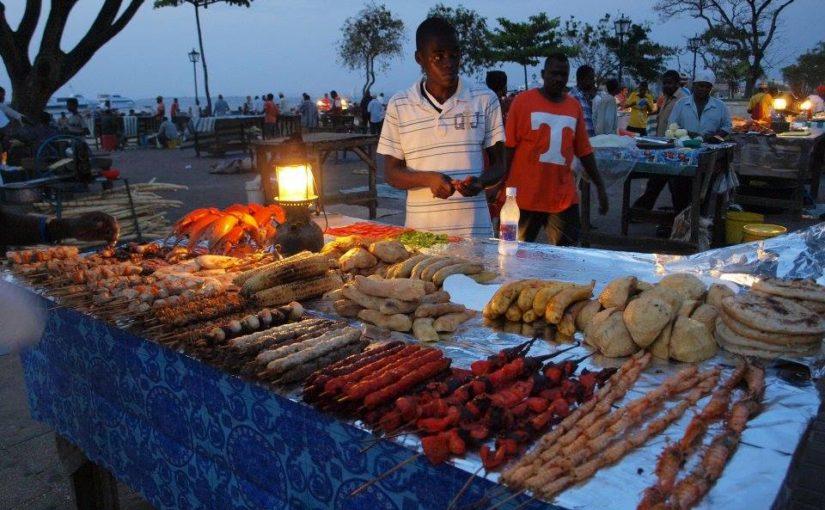 タンザニア、ザンジバルの屋台飯