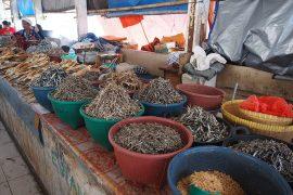 干し魚の類はとにかく豊富。良い出汁がとれそうです。