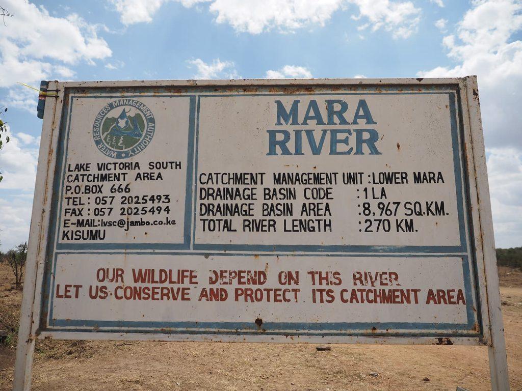 今回の一つのハイライトとなる場所『マラ河』です。この河がマサイ・マラ保護区を東西に分けています。