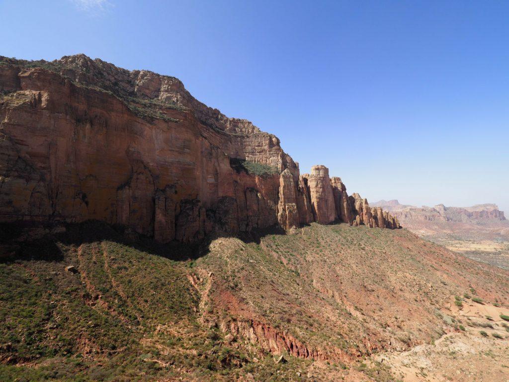 登り口から300mせりあがっているため、上からの眺めは抜群