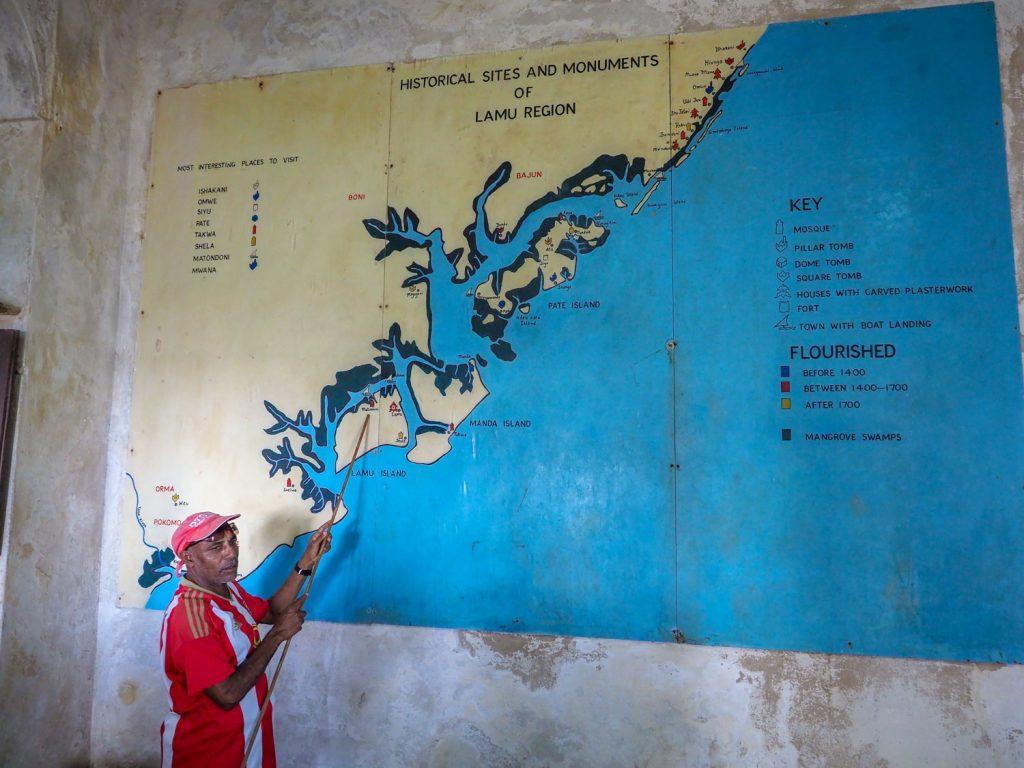 ラム島、マンダ島、ぺテ島と3つの島から成ります。それほど大陸からは離れておらず、周囲がマングローブで覆われています。