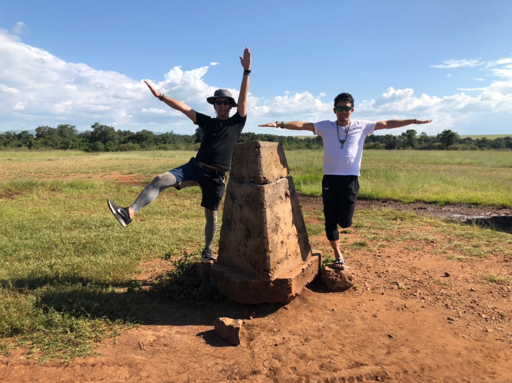 タンザニアとケニアの国境まできました。飛行機でナイロビに戻ります。